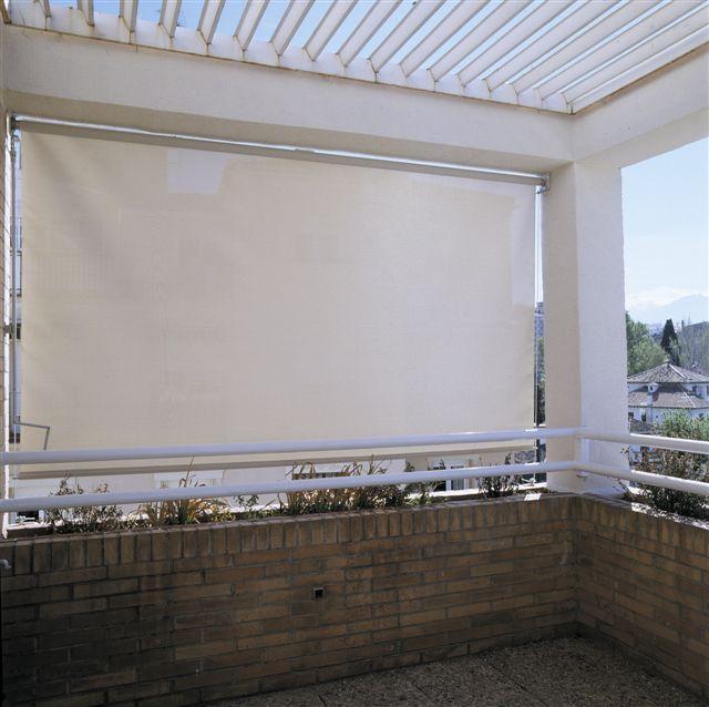Rolo Screen em Exterior Motorizado 1